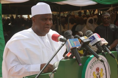 Tambuwal Flags off Sale of Locally-Produced Fertilizer