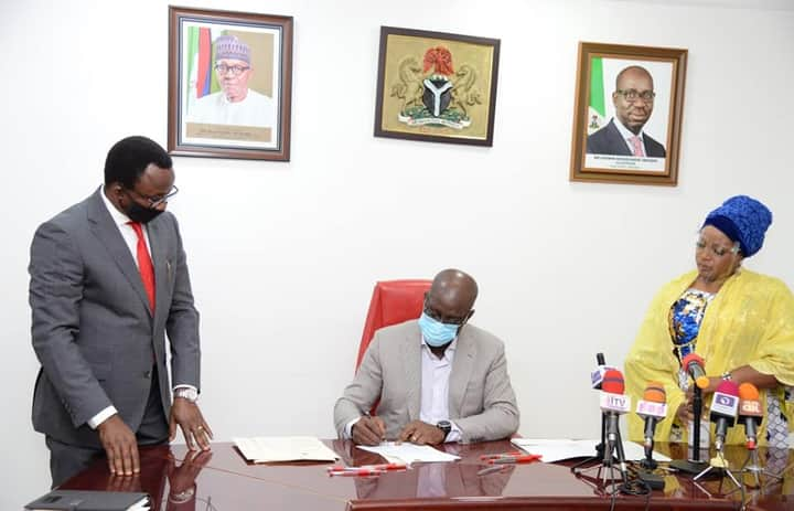 Obaseki Signs Revised Budget, Says 'It Won't Affect Salary, Pensions'