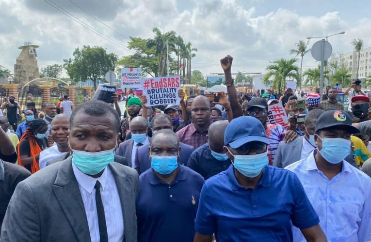 #EnDSARS: Buhari Orders Unconditional Release of Detained Protesters